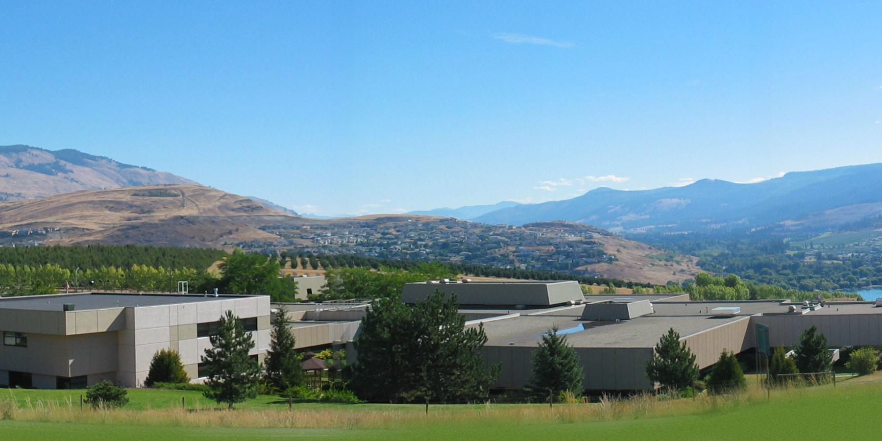 campus-and-lake